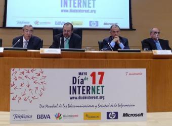 presentacion_actos_celebrar_dia_internet_proximo_mayo.jpg